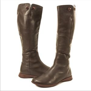 Size 39 Super Comfortable Tall Boots Spiral